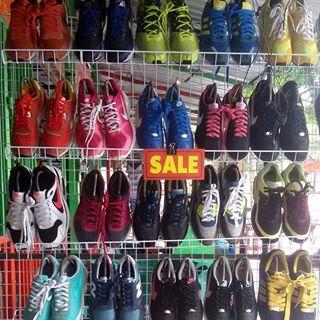 ร้านขายรองเท้า มือสอง | สอบถามเพิ่มเติม tel 0989136422